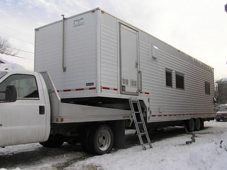 image:Trailer from the side small.JPG